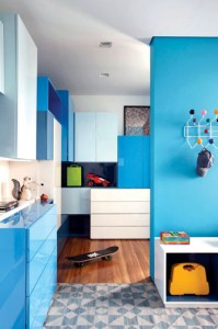 minimally-built-home-striking-public-private-spaces-25-blue-room-divider