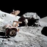 التعدين على سطح القمر