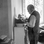 hemingway-standing-desk