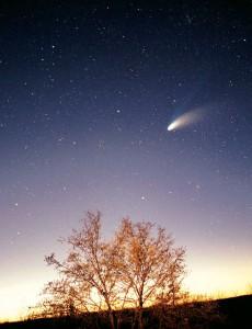 1024px-Comet-Hale-Bopp-29-03-1997_hires_adj