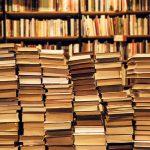 لماذا نشتري الكتب؟